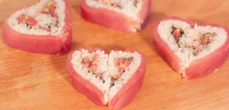 4 sushis en forme de coeur pour la Saint-Valentin